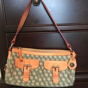 Dooney & Bourke Bags - Vintage Dooney & Bourke green signature satchel.